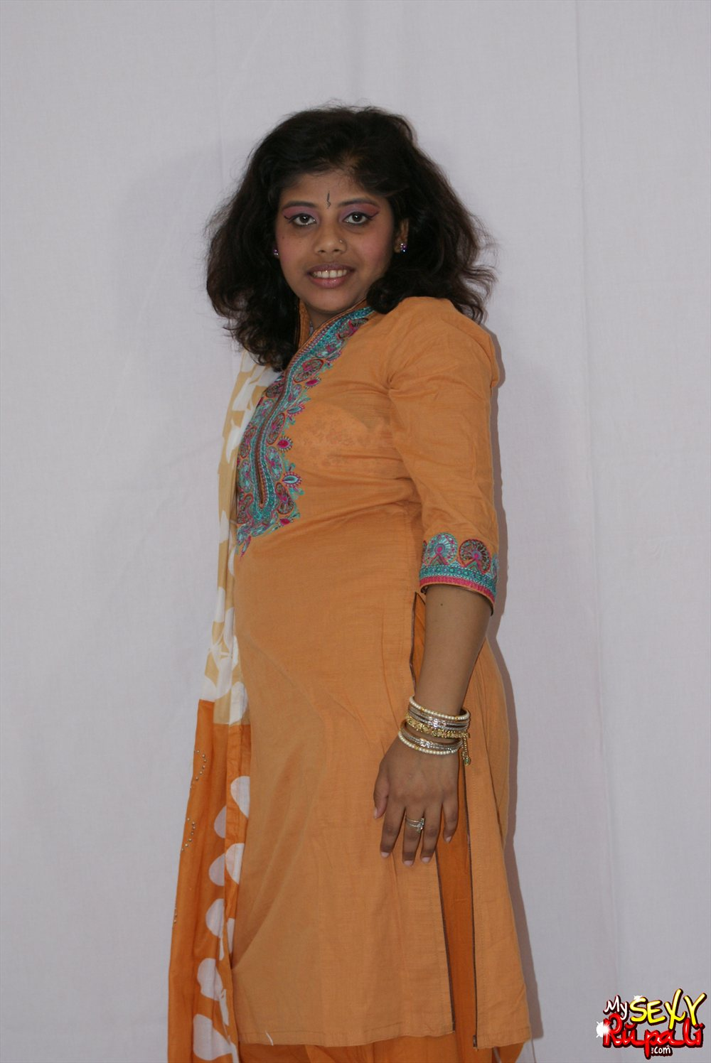 Pic gal  3. Rupali chaning her traditional indian outfits