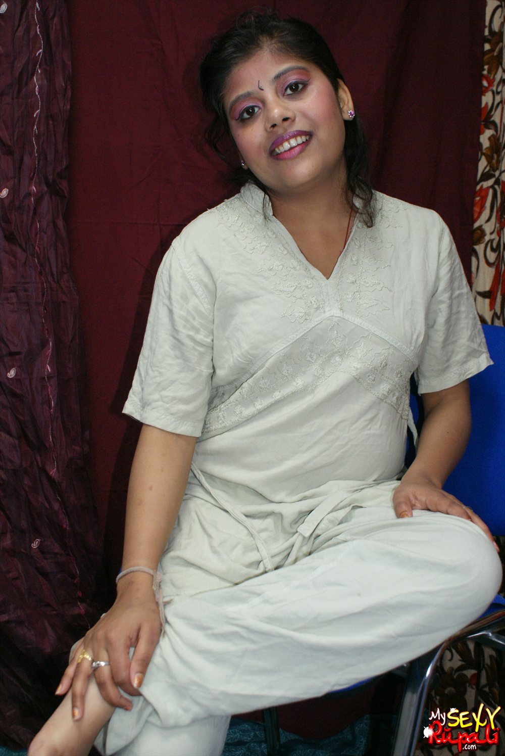 Pic gal  25. Rupali in her night suit